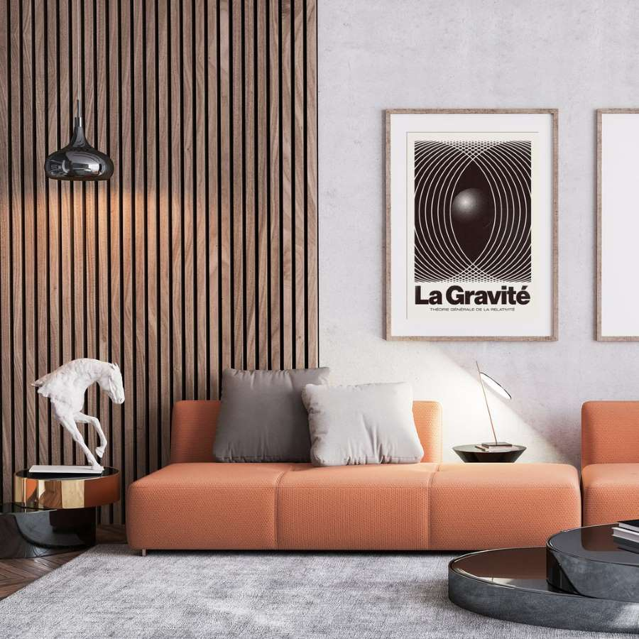 1-riflaj-stinghii-lemn-verticale-decor-perete-living-canapea