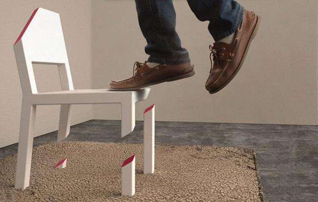 1-scaunul taiat creatie Peter Bristol