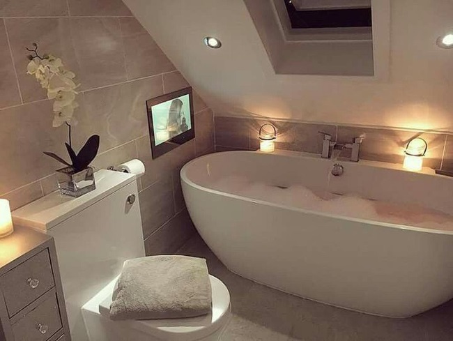 tv in perete baie moderna cada stativ