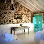 1-usa bleu turcoaz dormitor casa din piatra insula Lesvos Grecia