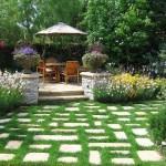 10-amenajarea si decorarea unei gradini mici cu flori si arbusti