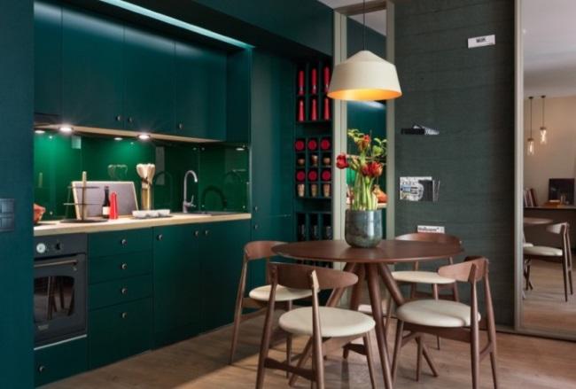 10-bucatarie moderna verde inchis culoare la moda in 2019