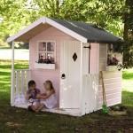 10-casuta de joaca din lemn pentru gradina vopsita in alb si roz