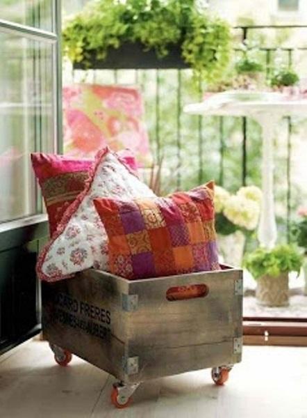 10-cutie din lemn pe roti idei depozitare balcon