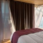 10-dormitor cu vedere spre exterior casa modulara plutitoare Floatwing