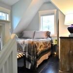 10-dormitor mic amenajat in mansarda interior casa mica 37 mp