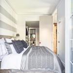 10-dormitor modern amenajat in alb si argintiu