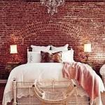 10-dormitor vintage cu perete din caramida culoarea nului 2015 Marsala