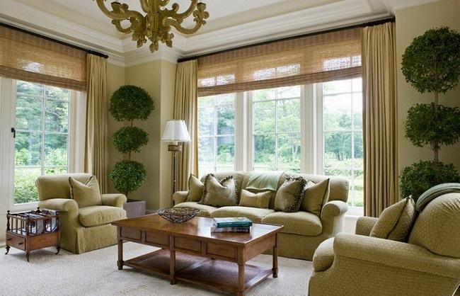 10-draperii simple crem inchis dublate de jaluzele din bambus decor fereastra living