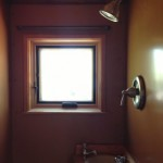 10-dus si chiuveta mica pe colt baie foarte mica casa 15 mp