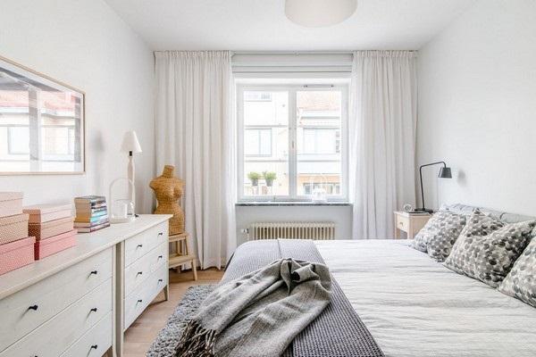 10-exemplu de amenajare dormitor scandinav cu peretii zugraviti in alb