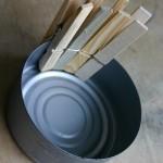 10-fixarea clestisorilor pe cutiile goale de conserve
