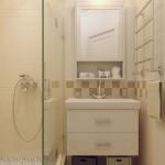 10-idee amenajare baie mica apartament in bej si crem