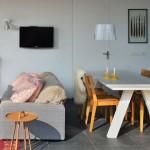 10-living si loc de luat masa casa mica moderna 54 mp Olanda
