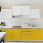 10-mobila alb cu galben idee amenajare bucatarie de bloc