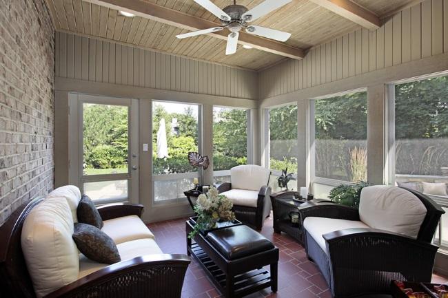 10-model de veranda acoperita amenajata ca un living in aer liber