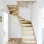 10-model scara interioara compacta din lemn semispirala