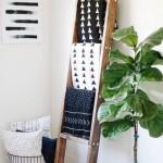 10-organizare cuverturi si pleduri pe o scara din lemn