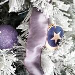10-panglica din satin lila decor brad de Craciun de culoare alba