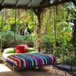 10-pat din lemn suspendat montat sub pergola si agatat cu sfori groase