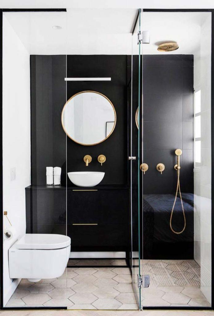 pereti sticla baie matirmoniala cabina dus walk in perete negru