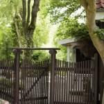 10-poarta si gard din tevi metalice casa mediu rural danemarca