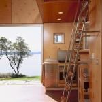 10-scara de acces spre loft situat deasupra baii si bucatariei casa mica moderna 45 mp