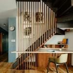 10-scara interior stil industrical fin fier si lemn cu birou amenajat sub ea