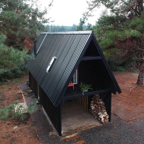 10-vedere de sus casa forma dreptunghiulara acoperis 2 ape design simplu