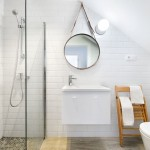 11-baie mansardata finisata cu faianta alba si mozaic in nuante de gri