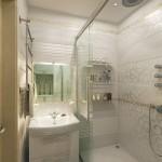 11-baie moderna cu cabina de dus fara cadita apartament 2 camere