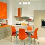 11-bucatarie moderna cu mobilier portocaliu cu gri