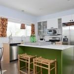 11-bucatarie open space cu design retro amenajata in alb gri si verde