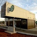 11-cafenea Starbucks construita din containere maritime imbinate si suprapuse