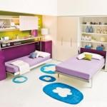 11-camera pentru doua fete cu mobila prevazuta cu paturi rabatabile