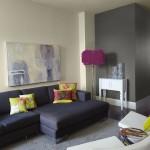 11-canapea gri inchis living asortata cu pernute decorative colorate