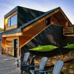 11-casa design modern cu fatada lemn si acoperis negru