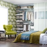 11-dormitor mic cu dressing mare decorat cu accente colorate verzi