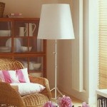 11-lampadar-alb-inalt-pentru-sporirea-luminozitatii-decorului