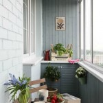11-loc de luat masa amenajat intr-un balcon in stil scandinav