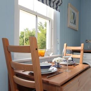 11-masa rabatabila loc de luat masa bucatarie casa mica 40 mp