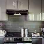 11-mobila bucatarie gri cu fronturi lucioase