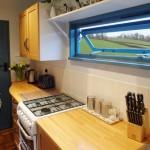 11-mobilier din lemn decor bucatarie casa mica de vacanta din Devon Anglia