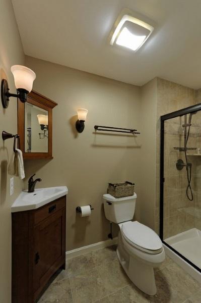 11-model dulap baie de colt cu oglinda