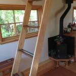 11-scara interioara lemn si godin fier forjat casa mica 15 mp
