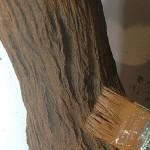 11-vopsirea copacului metalic imbracat in beton