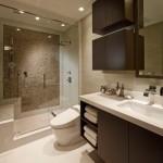 12-baie moderna cu cabina de dus si wc cu functie de bideu