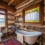 12-baie rustica spatioasa interior cabana din lemn restaurata integral