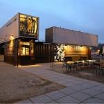 12-cafenea Starbucks design industrial din containere maritime suparapuse si imbinate
