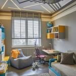 12-camera copil cu pereti gri si accente colorate bleu si galbene